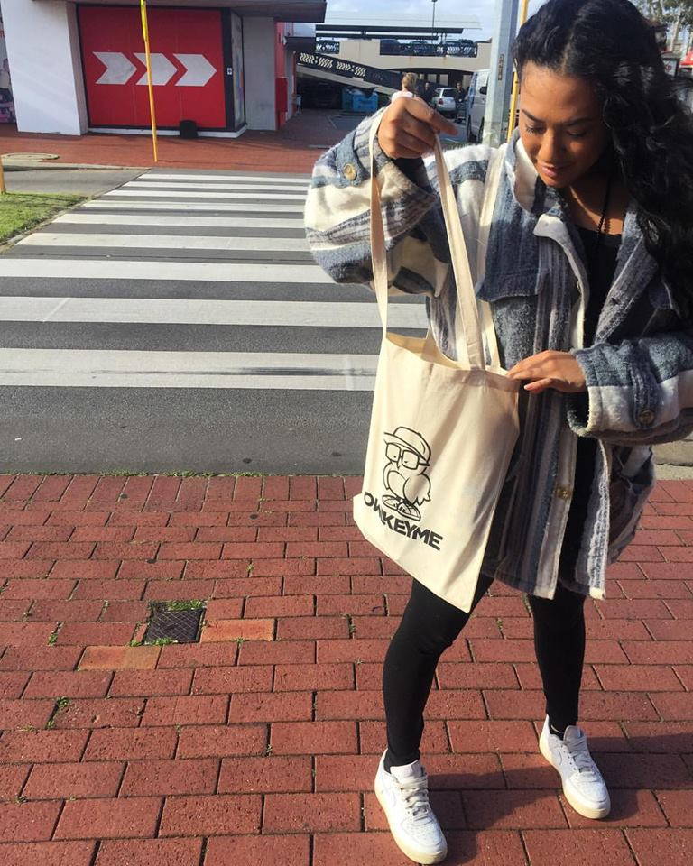 Perth - Chelsee Lee - Reppin our canvas bags